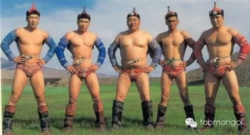 这位蒙古人,他是马云、赵薇的偶像,还和普京、施瓦辛格合过影! 第10张
