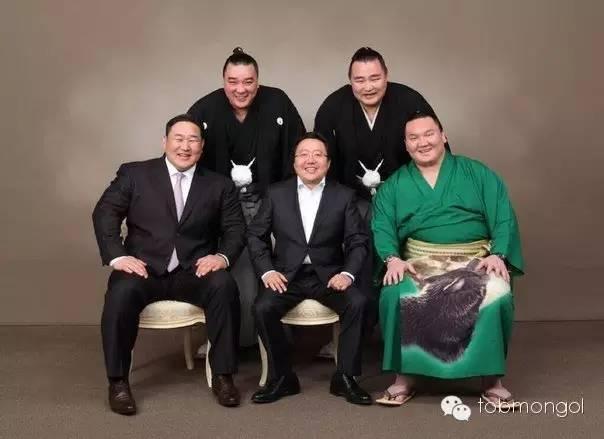 这位蒙古人,他是马云、赵薇的偶像,还和普京、施瓦辛格合过影! 第13张