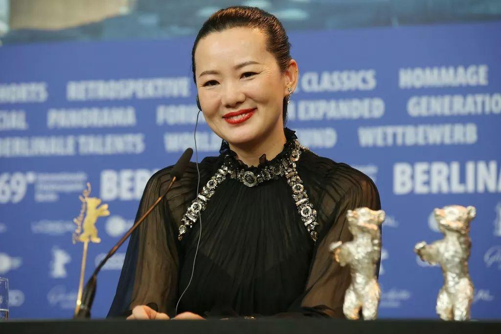49岁逆袭夺柏林影后 这个蒙古女人不简单! 第17张 49岁逆袭夺柏林影后 这个蒙古女人不简单! 蒙古文化