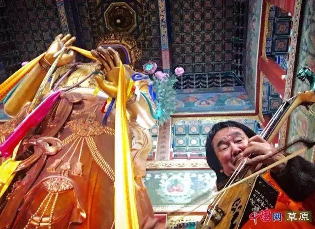 """【文化】马头琴大师齐·宝力高入选蒙古国""""影响世界的百位蒙古人""""(内附罕见年轻时照片) 第8张"""