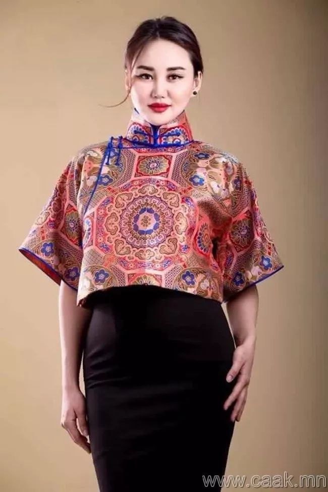 【蒙古佳丽】太漂亮了 蒙古美女们的新年自拍集... 第8张 【蒙古佳丽】太漂亮了 蒙古美女们的新年自拍集... 蒙古文化