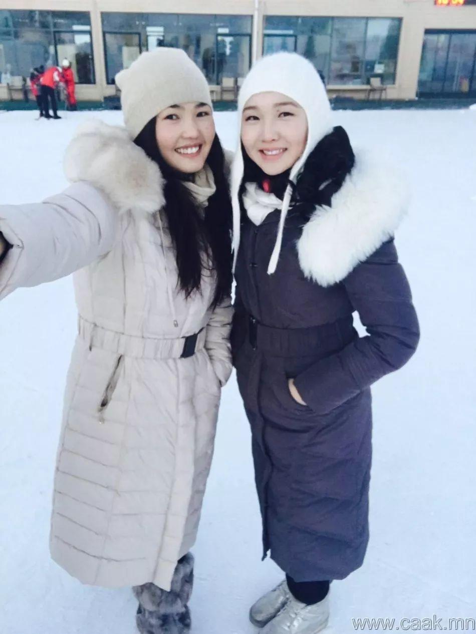 【蒙古佳丽】太漂亮了 蒙古美女们的新年自拍集... 第13张 【蒙古佳丽】太漂亮了 蒙古美女们的新年自拍集... 蒙古文化
