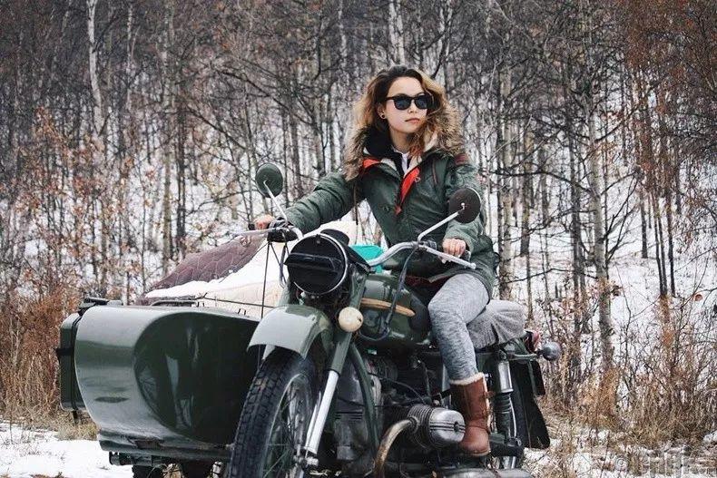 【蒙古佳丽】太漂亮了 蒙古美女们的新年自拍集... 第25张 【蒙古佳丽】太漂亮了 蒙古美女们的新年自拍集... 蒙古文化