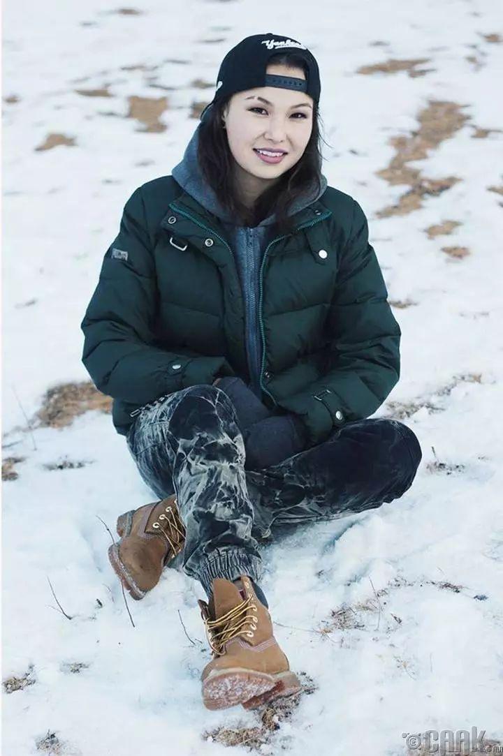【蒙古佳丽】太漂亮了 蒙古美女们的新年自拍集... 第32张 【蒙古佳丽】太漂亮了 蒙古美女们的新年自拍集... 蒙古文化