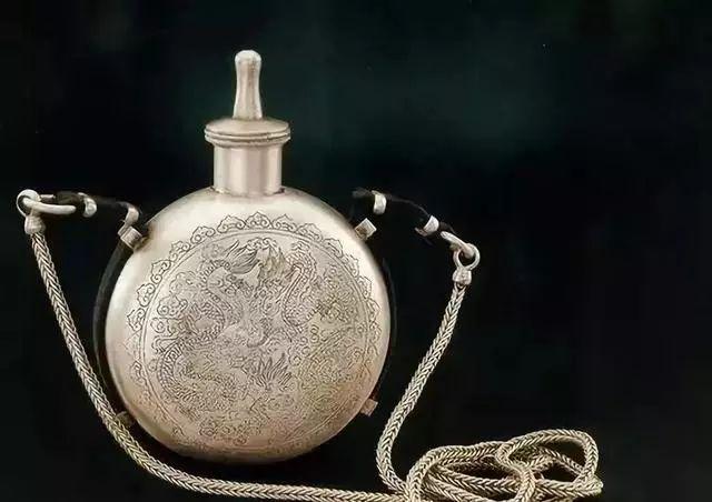 蒙古族生活中的这些文物,同时又是艺术品巅峰之作 第5张 蒙古族生活中的这些文物,同时又是艺术品巅峰之作 蒙古工艺