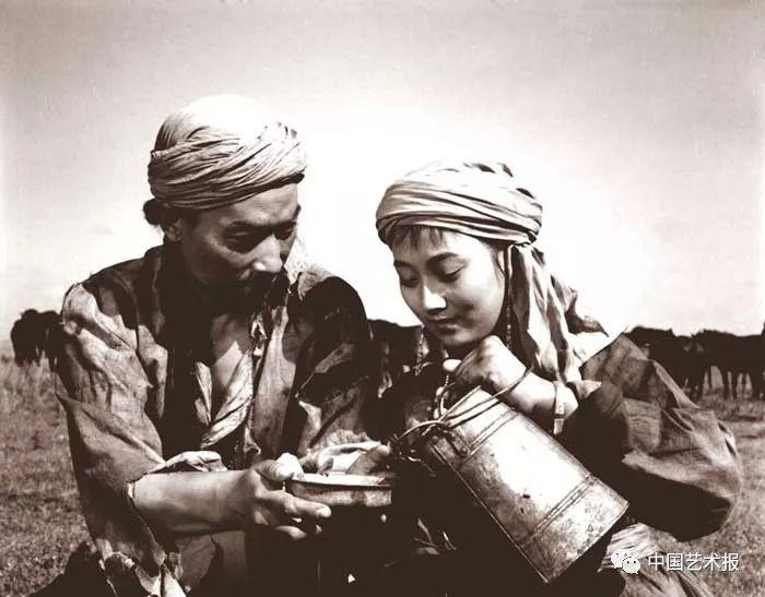艺苑百花丨麦丽丝:内蒙古民族电影有辉煌的过去,也有可期的未来 第6张 艺苑百花丨麦丽丝:内蒙古民族电影有辉煌的过去,也有可期的未来 蒙古文化
