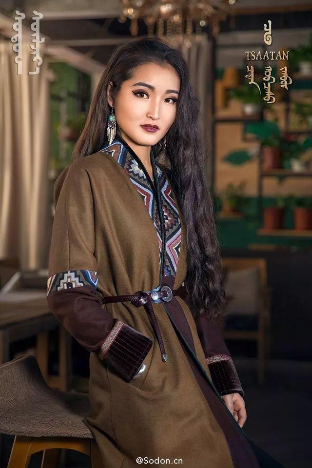 TSAATAN蒙古时装秋冬系列,来自驯鹿人的独特魅力! 第10张 TSAATAN蒙古时装秋冬系列,来自驯鹿人的独特魅力! 蒙古服饰