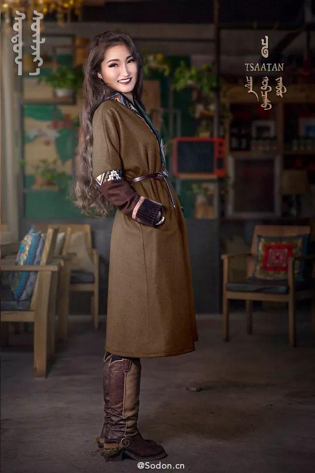 TSAATAN蒙古时装秋冬系列,来自驯鹿人的独特魅力! 第9张 TSAATAN蒙古时装秋冬系列,来自驯鹿人的独特魅力! 蒙古服饰