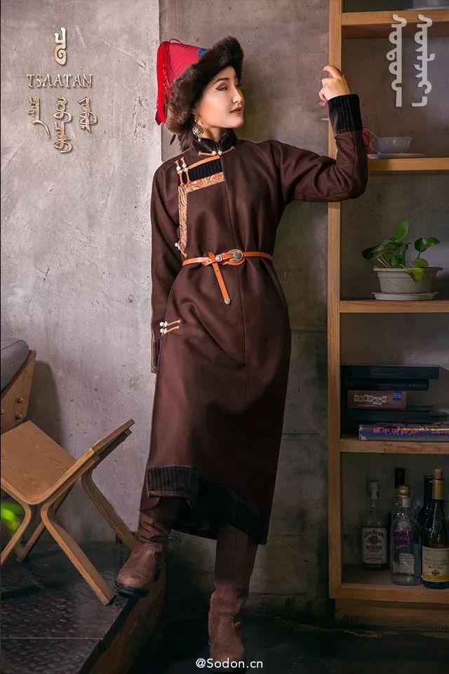 TSAATAN蒙古时装秋冬系列,来自驯鹿人的独特魅力! 第13张 TSAATAN蒙古时装秋冬系列,来自驯鹿人的独特魅力! 蒙古服饰