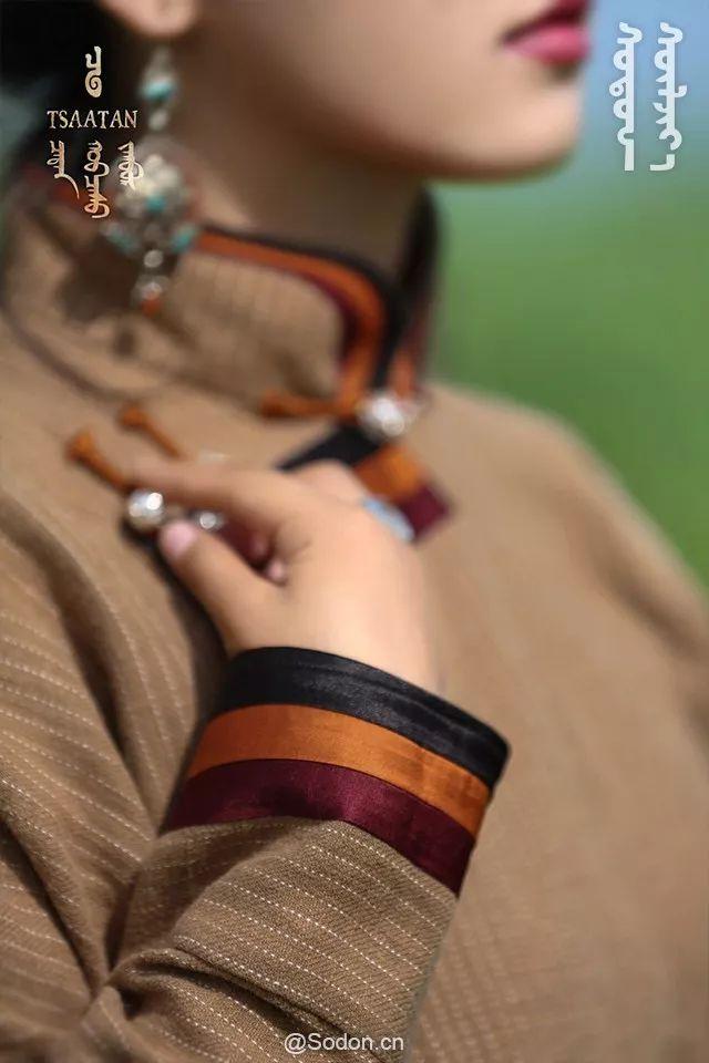 TSAATAN蒙古时装秋冬系列,来自驯鹿人的独特魅力! 第20张 TSAATAN蒙古时装秋冬系列,来自驯鹿人的独特魅力! 蒙古服饰