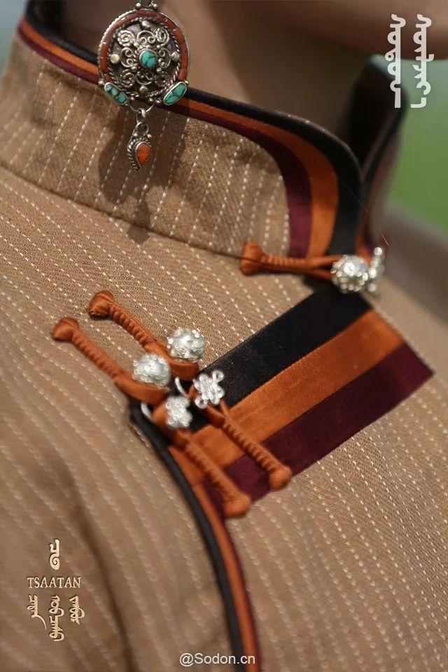 TSAATAN蒙古时装秋冬系列,来自驯鹿人的独特魅力! 第21张 TSAATAN蒙古时装秋冬系列,来自驯鹿人的独特魅力! 蒙古服饰
