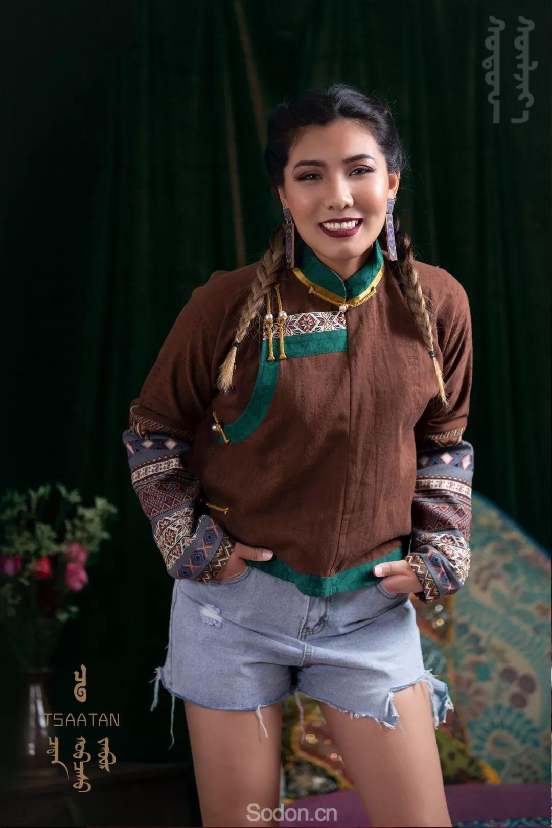 TSAATAN蒙古时装秋冬系列,来自驯鹿人的独特魅力! 第41张 TSAATAN蒙古时装秋冬系列,来自驯鹿人的独特魅力! 蒙古服饰
