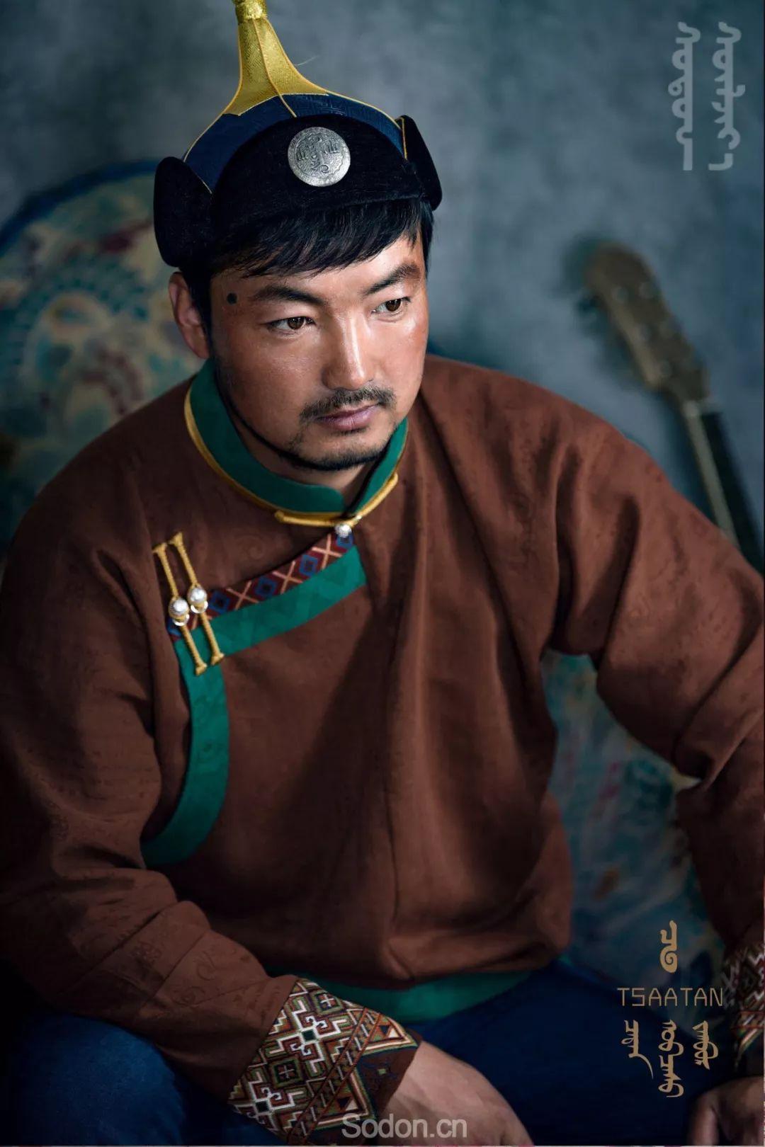 TSAATAN蒙古时装秋冬系列,来自驯鹿人的独特魅力! 第46张 TSAATAN蒙古时装秋冬系列,来自驯鹿人的独特魅力! 蒙古服饰