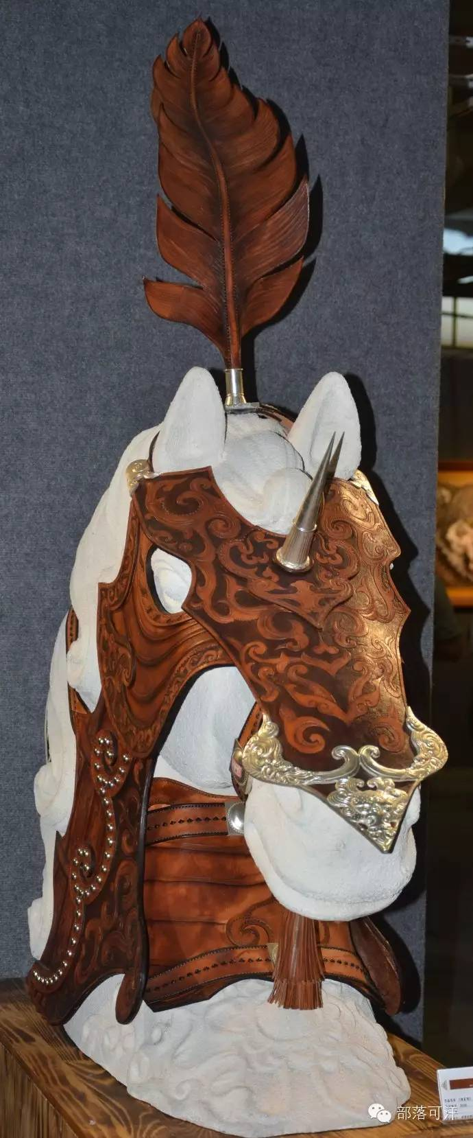 蒙古族皮画皮雕艺术欣赏 第3张 蒙古族皮画皮雕艺术欣赏 蒙古工艺