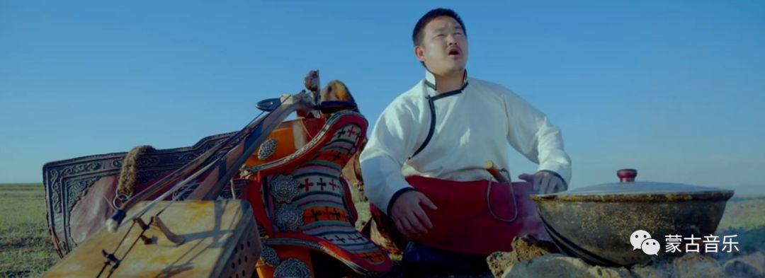 【蒙古音乐】呼麦力作《大山的主人》(震撼MV) 第5张