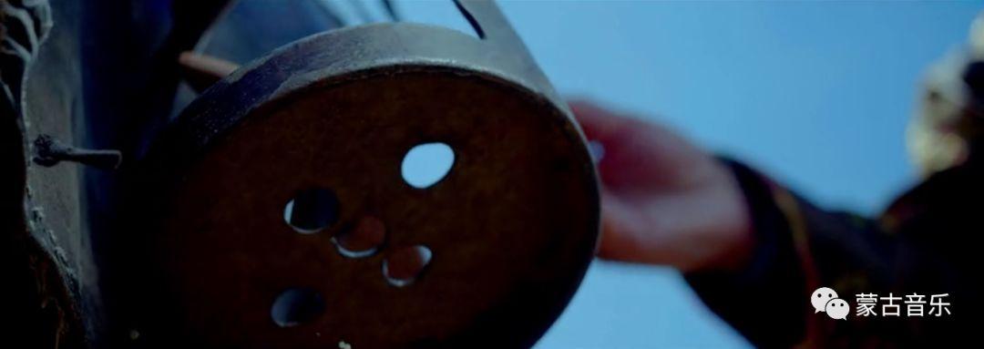 【蒙古音乐】呼麦力作《大山的主人》(震撼MV) 第10张