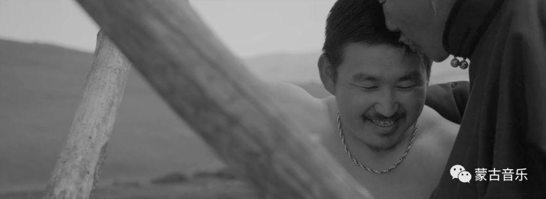 【蒙古音乐】呼麦力作《大山的主人》(震撼MV) 第12张