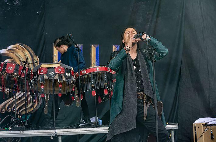 蒙古音乐登上世界顶级摇滚音乐节!THE HU乐队2019Rock Am Ring音乐节现场视频 第14张 蒙古音乐登上世界顶级摇滚音乐节!THE HU乐队2019Rock Am Ring音乐节现场视频 蒙古音乐