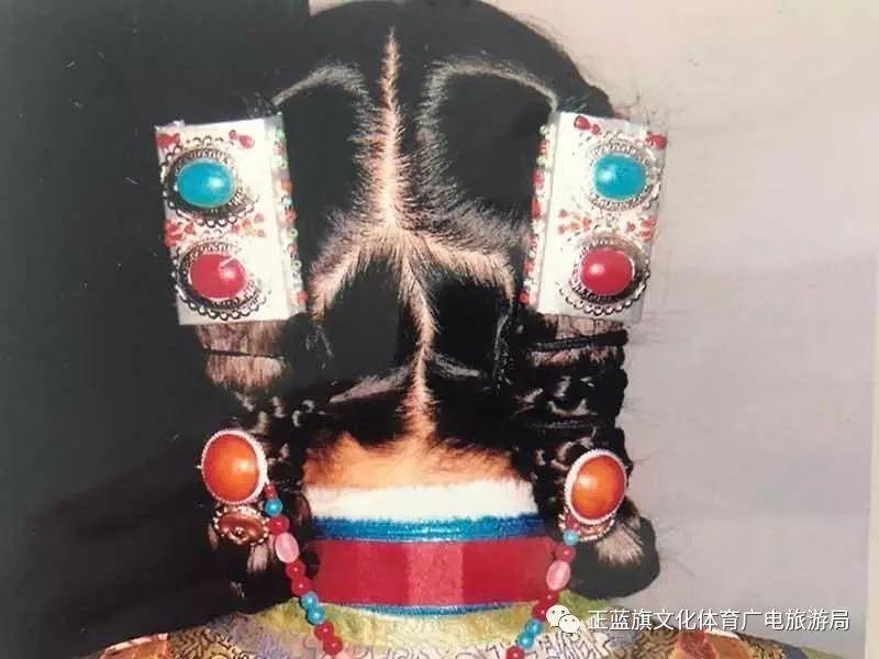 【察哈尔头饰】盟级非物质文化遗产代表性传承人—色·乌云毕力格 第7张