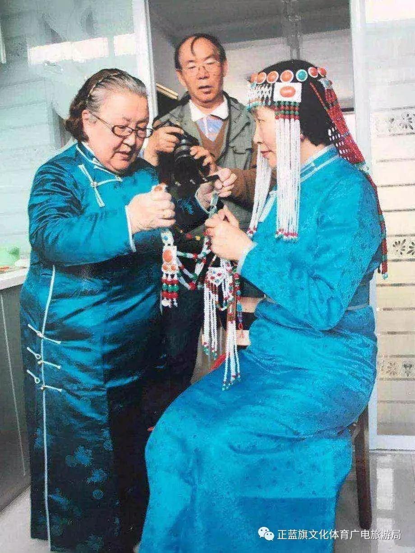 【察哈尔头饰】盟级非物质文化遗产代表性传承人—色·乌云毕力格 第8张