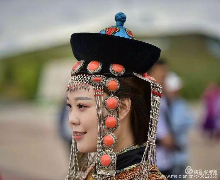 第三届察哈尔蒙古族服装服饰展演剪影 第89张