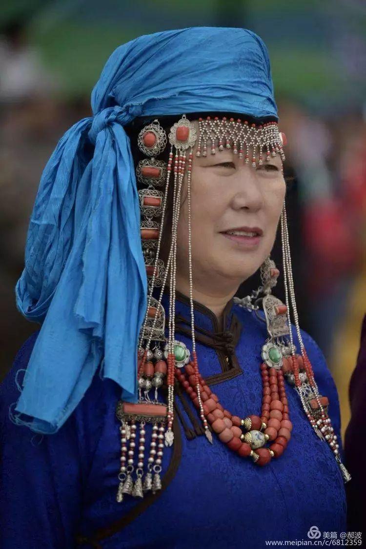 第三届察哈尔蒙古族服装服饰展演剪影 第96张