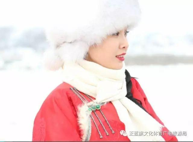 冰雪察哈尔丨察哈尔服饰的魅力 第1张