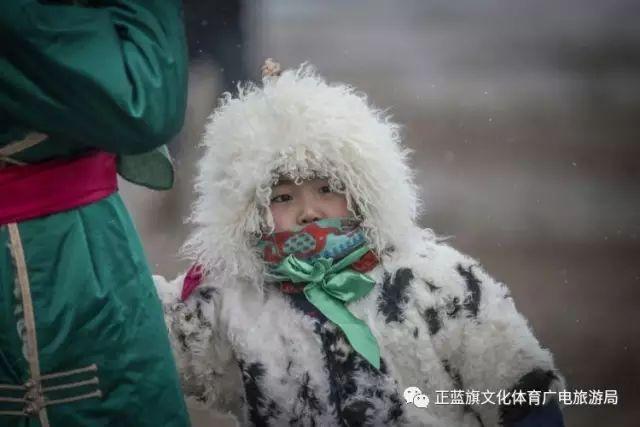 冰雪察哈尔丨察哈尔服饰的魅力 第9张 冰雪察哈尔丨察哈尔服饰的魅力 蒙古服饰