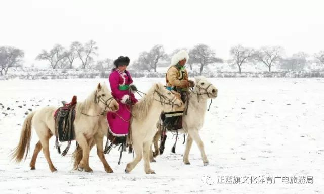 冰雪察哈尔丨察哈尔服饰的魅力 第19张 冰雪察哈尔丨察哈尔服饰的魅力 蒙古服饰