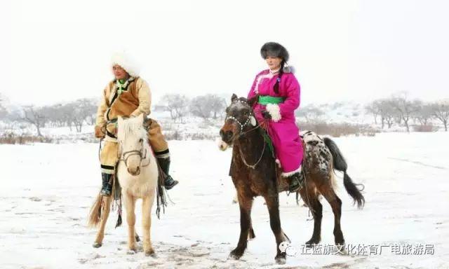 冰雪察哈尔丨察哈尔服饰的魅力 第17张