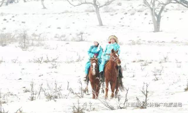 冰雪察哈尔丨察哈尔服饰的魅力 第22张 冰雪察哈尔丨察哈尔服饰的魅力 蒙古服饰