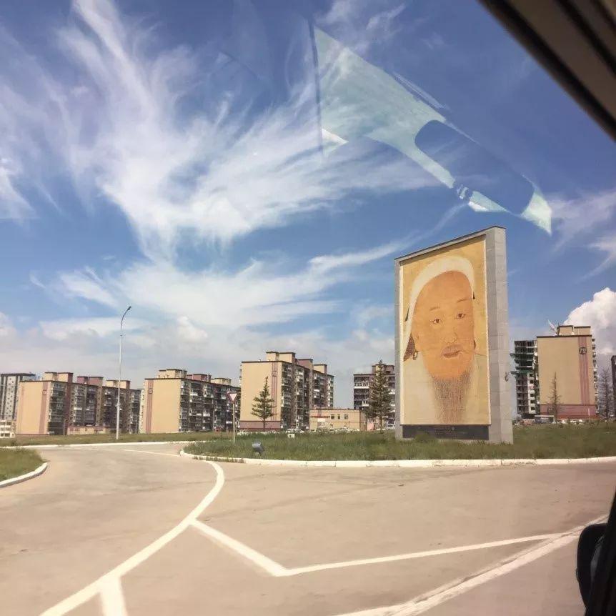 为了你的一本书,我们飞到蒙古去见九位艺术家 第3张 为了你的一本书,我们飞到蒙古去见九位艺术家 蒙古画廊