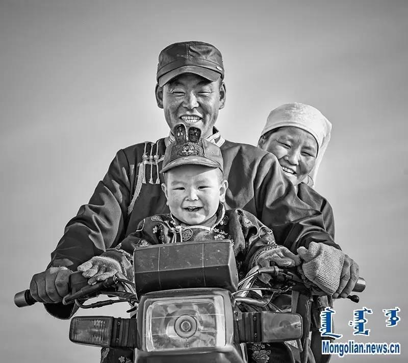 【音频·图片】蒙古族青年摄影家宝日玛个人摄影展 第2张 【音频·图片】蒙古族青年摄影家宝日玛个人摄影展 蒙古文化