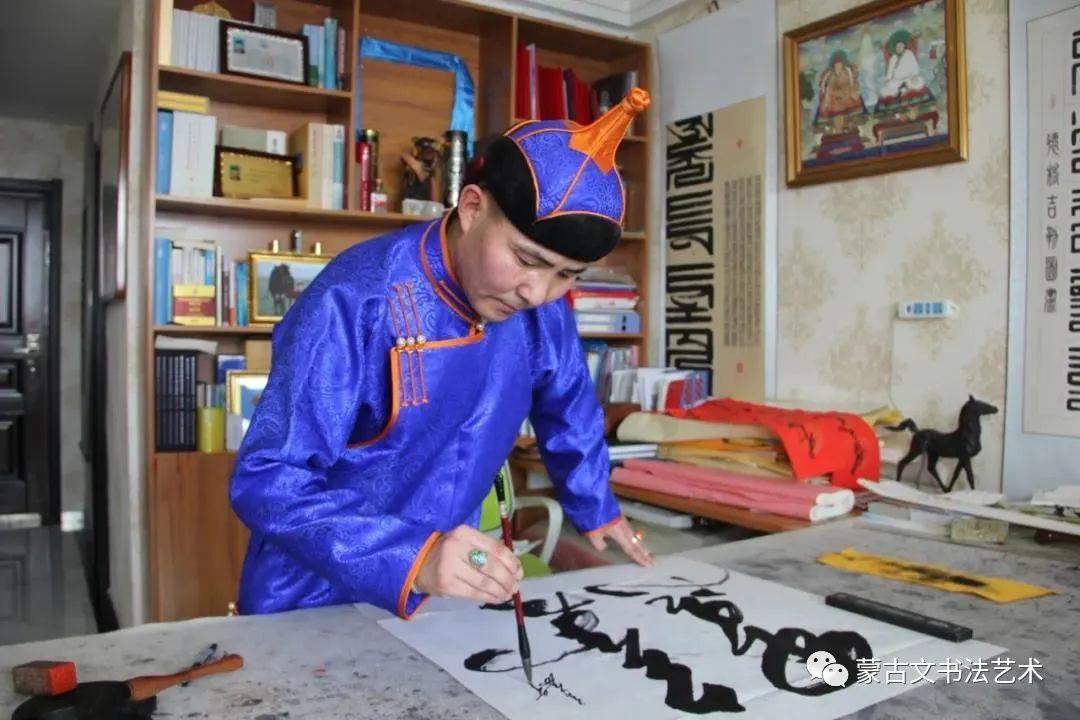 德格吉乐图蒙古文书法作品(二) 第1张 德格吉乐图蒙古文书法作品(二) 蒙古书法