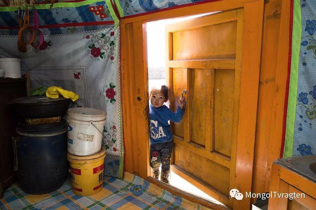 镜头中的蒙古脸庞:摄影师P·杭盖呼摄影作品 第12张 镜头中的蒙古脸庞:摄影师P·杭盖呼摄影作品 蒙古文化