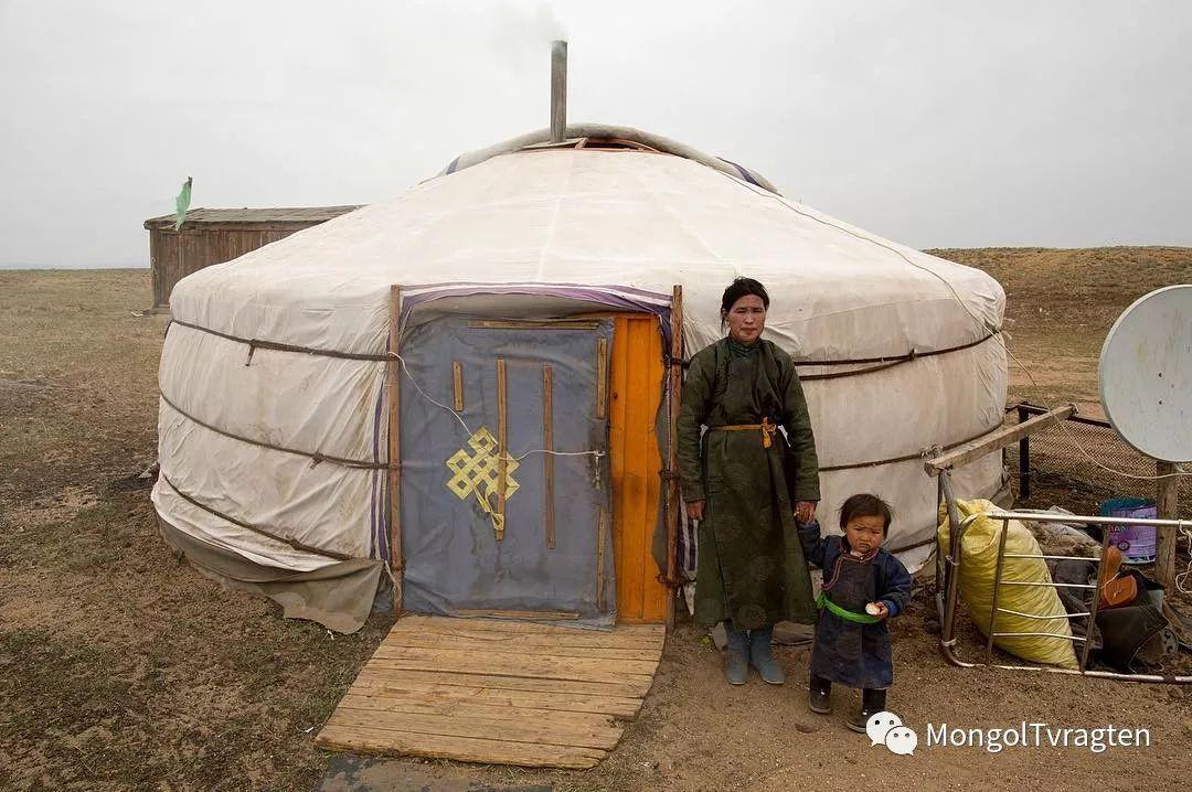 镜头中的蒙古脸庞:摄影师P·杭盖呼摄影作品 第31张 镜头中的蒙古脸庞:摄影师P·杭盖呼摄影作品 蒙古文化