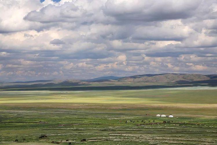 【蒙古影像】蒙古游牧生活 难以捉摸的美 第42张 【蒙古影像】蒙古游牧生活 难以捉摸的美 蒙古文化