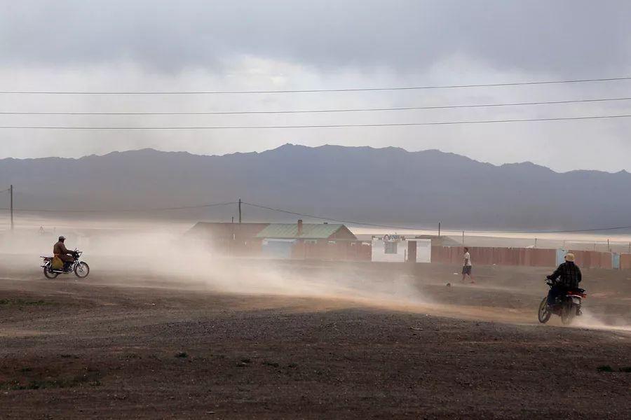 【蒙古影像】蒙古游牧生活 难以捉摸的美 第41张 【蒙古影像】蒙古游牧生活 难以捉摸的美 蒙古文化