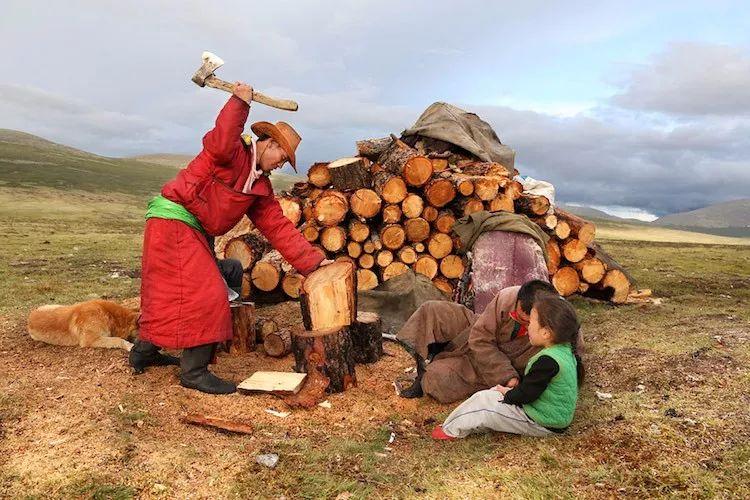 【蒙古影像】蒙古游牧生活 难以捉摸的美 第56张 【蒙古影像】蒙古游牧生活 难以捉摸的美 蒙古文化