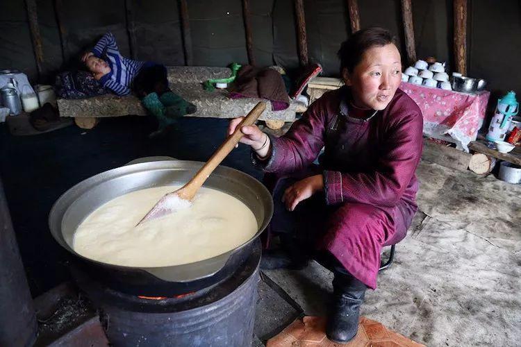 【蒙古影像】蒙古游牧生活 难以捉摸的美 第59张 【蒙古影像】蒙古游牧生活 难以捉摸的美 蒙古文化