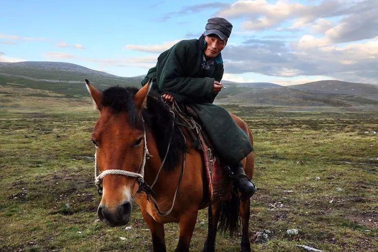 【蒙古影像】蒙古游牧生活 难以捉摸的美 第70张 【蒙古影像】蒙古游牧生活 难以捉摸的美 蒙古文化