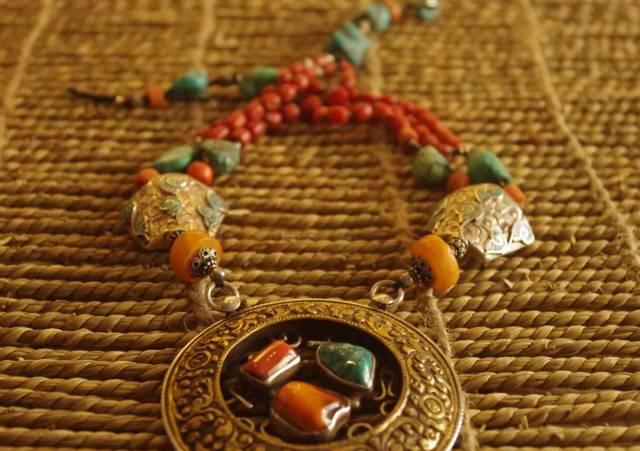 蒙古族:一个热爱银饰的民族 第2张 蒙古族:一个热爱银饰的民族 蒙古工艺