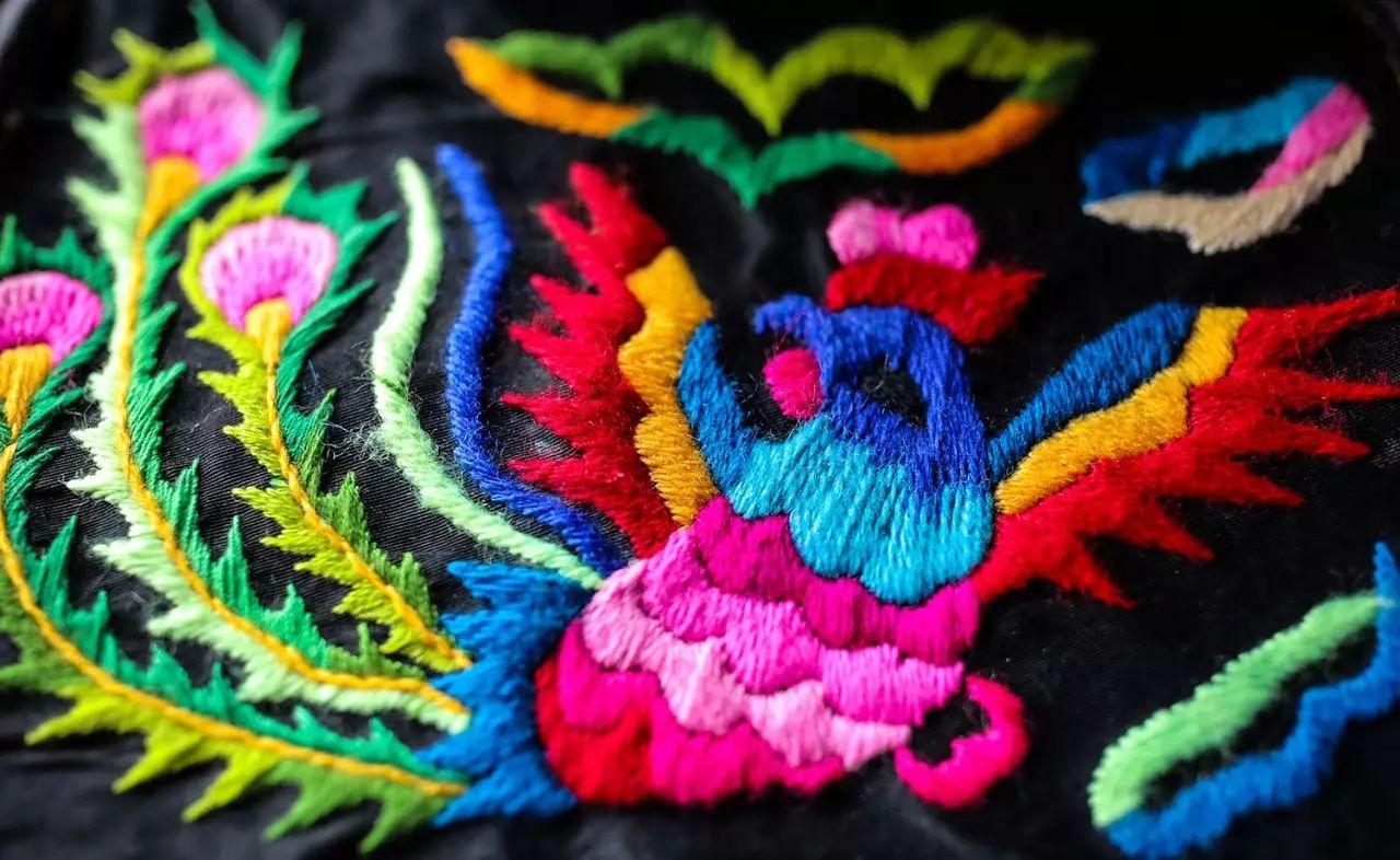 图什业图蒙古刺绣 第8张 图什业图蒙古刺绣 蒙古服饰