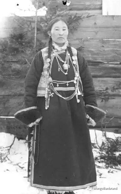 老照片:见证百年前蒙古女性(组图) 第12张 老照片:见证百年前蒙古女性(组图) 蒙古文化