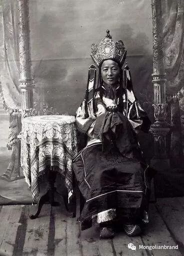 老照片:见证百年前蒙古女性(组图) 第13张 老照片:见证百年前蒙古女性(组图) 蒙古文化