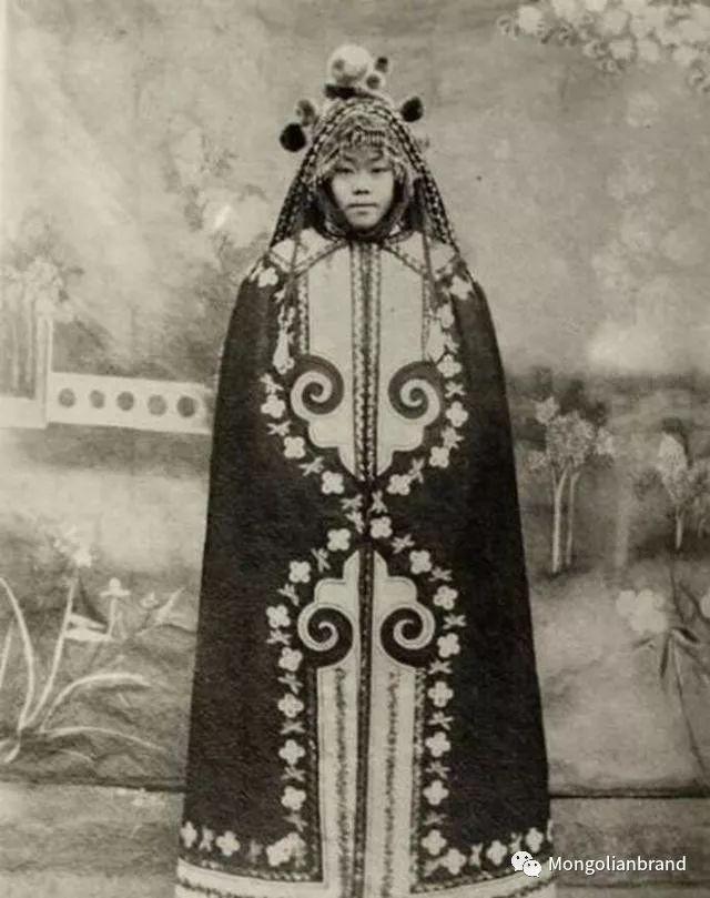 老照片:见证百年前蒙古女性(组图) 第20张 老照片:见证百年前蒙古女性(组图) 蒙古文化