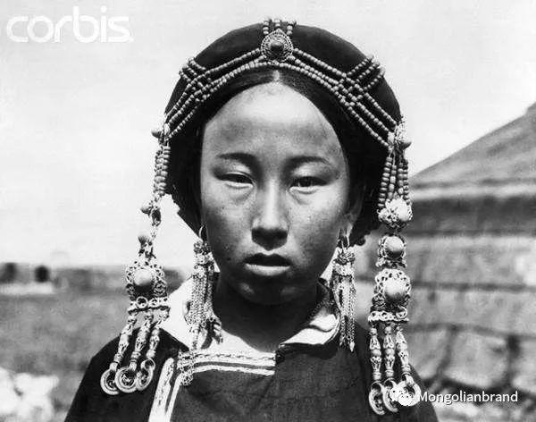 老照片:见证百年前蒙古女性(组图) 第23张 老照片:见证百年前蒙古女性(组图) 蒙古文化