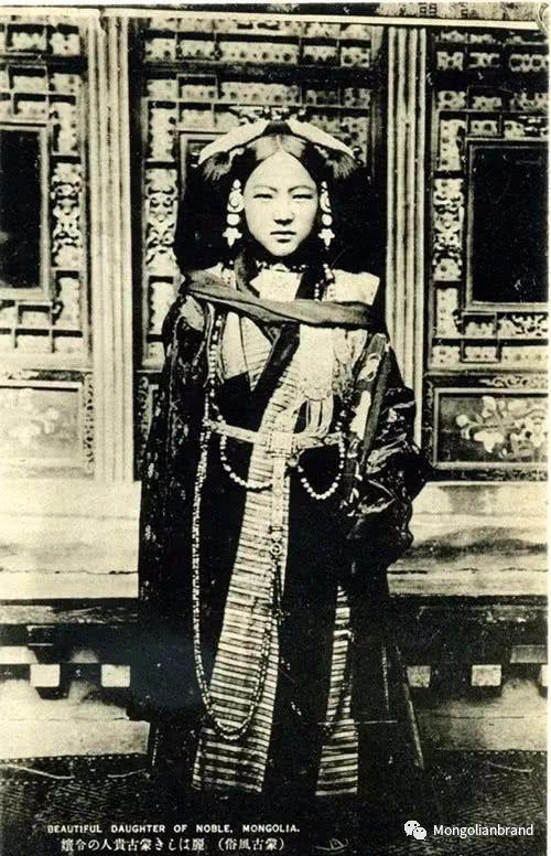 老照片:见证百年前蒙古女性(组图) 第28张 老照片:见证百年前蒙古女性(组图) 蒙古文化