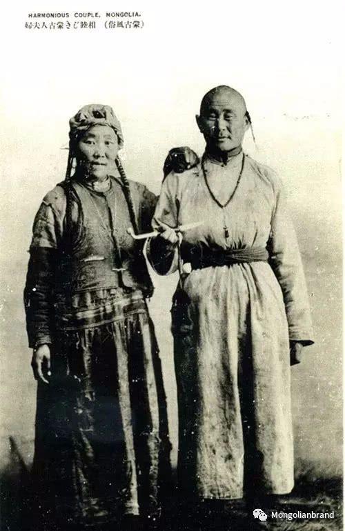 老照片:见证百年前蒙古女性(组图) 第32张 老照片:见证百年前蒙古女性(组图) 蒙古文化