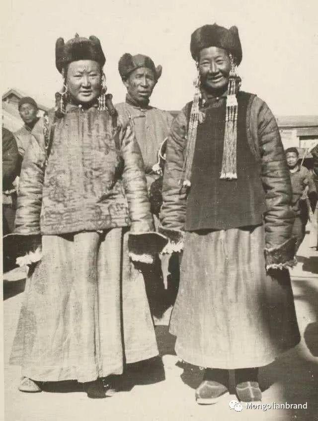 老照片:见证百年前蒙古女性(组图) 第39张 老照片:见证百年前蒙古女性(组图) 蒙古文化